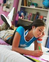 Гадание для девочек на листе бумаги